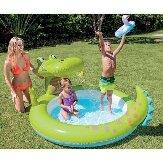 Надуваем басейн с пръскало Крокодил 57431NP Intex