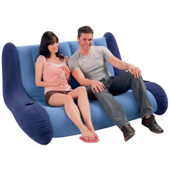 Надуваем диван Intex